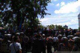 DPRD Kalsel undang anggota DPR asal provinsi setempat