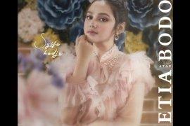 "Artis Syifa Hadju luncurkan lagu debut berjudul ""Setia atau Bodoh"""