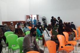 KNPI-Polres Bangka Tengah bagikan 208 paket sembako untuk guru mengaji