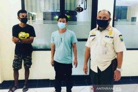 Satpol PP Bekasi limpahkan berkas perkara pembuang sampah ke pengadilan (video)