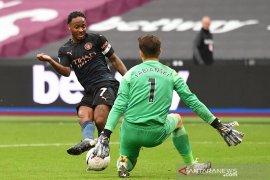 Liga Inggris - Manchester City ditahan imbang West Ham, Aguero hanya main satu babak