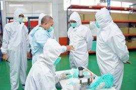 Wamendag apresiasi pabrik di Cimahi ekspor produk masker 4-Ply