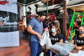 Bold Riders Bali adakan donor darah dan bagikan masker