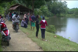 Pencarian ketiga anak yang hilang di Salapian Langkat masih dilakukan warga