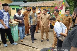 Pimpinan DPRD Padangsidimpuan bersama Dinas PU, Perkim tinjau drainase langganan banjir