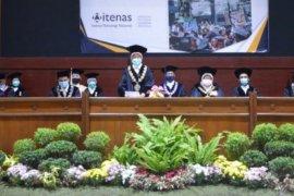 Itenas Bandung gelar wisuda 692 lulusan secara virtual