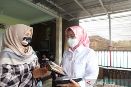 Kampanye di Kecamatan Waringinkurung, Ratu Tatu Diapresiasi Pelaku UMKM