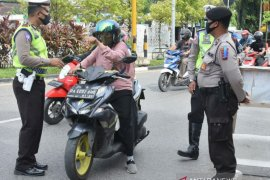 Polisi incar pengguna helm SNI palsu saat Operasi Zebra