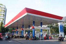 Antisipasi libur panjang, Pertamina salurkan BBM dan LPG di Jatimbalinus