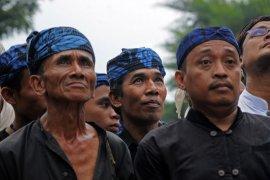 "Petani Suku Baduy mulai ""ngaseuk"" tanam padi huma"