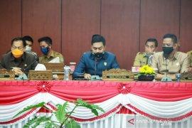 DPRD Belitung tunda pengesahan tiga raperda