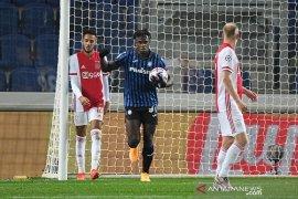 Dua gol Zapata selamatkan Atalanta dari kekalahan kontra Ajax