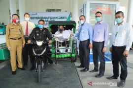 Aminullah salurkan bantuan CSR Bank Aceh Syariah
