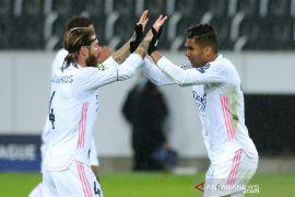 Real Madrid  bermain imbang lawan Borussia Moenchengladbach