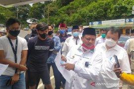 Wagub Jabar pimpin tes cepat 100 pengendara di perbatasan Cianjur-Bogor