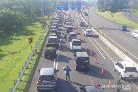 Arus kendaraan di Jalur Puncak Bogor meningkat 20 persen