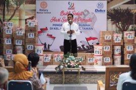 Wali Kota Madiun acungi jempol aksi sosial Rotary Club bagikan cat dan kuas