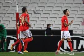 Benfica cukur Standard Liege