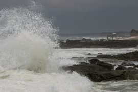 BPBD Banten peringatkan gelombang enam meter di pesisir selatan Lebak
