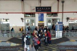 Pelanggan  Daop Madiun meningkat 83 persen saat libur panjang
