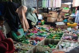 Kepatuhan masyarakat terhadap protokol kesehatan di pasar Batahan masih minim