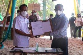 KKP-BPD Bali salurkan dana upah tenaga kerja program kebun terumbu karang