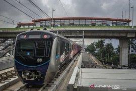 MRT Jakarta pasang ratusan LED untuk tingkatkan pendapatan non tiket