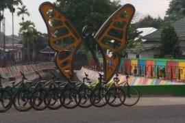 Taman Sungai Kota Baru elok berwarna-warni