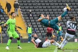 Liga Italia: Ibrahimovic sumringah gol akrobatiknya jadi penentu kemenangan Milan