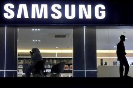 Samsung diduga kembangkan ponsel yang bisa digulung