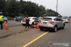 Tol Jakarta-Cikampek cukup padat pada arus balik libur panjang