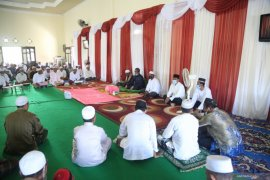 Maulid Nabi di Majelis Ta'lim Al-Ikhlas Wal Istiqomah tetap gunakan protokol kesehatan