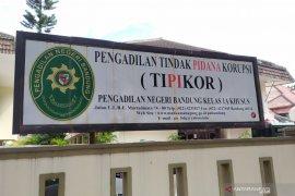 Mantan Dirut PTDI Budi Santoso didakwa korupsi Rp2 miliar
