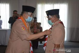 Wakil Bupati Zuldafri Darma dianugerahi penghargaan Lencana Darma Bakti