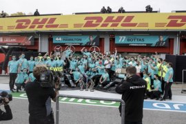 Mercedes merayakan titel ketujuh dengan bersulang secara virtual