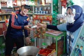 PT DI bagikan seribu masker kain di tiga lokasi Kota Cimahi