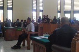 Jrx SID  dituntut tiga tahun penjara