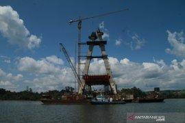 Pembangunan jalan pendekat Jembatan Pulau Balang tanggung jawab Pemerintah Pusat