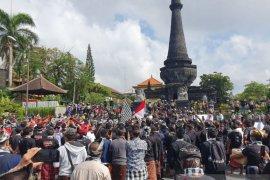 Bupati Klungkung terima tuntutan masyarakat terkait demo AWK