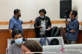 Keluarga Vanessa serang wartawan radio di Pengadilan Jakarta Barat