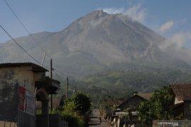 Status Gunung Merapi naik jadi siaga
