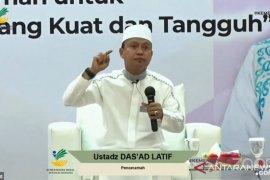 Ustadz Das'ad Latif : ASN mesti banyak bersyukur di tengah pandemi COVID-19
