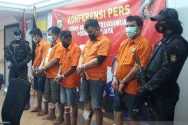 Polisi tembak mati begal motor bersenjata api di Tangerang
