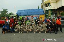 Aid from Banjarbaru flows to victims of Kotabaru fire