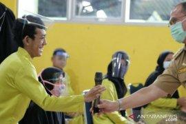 Gubernur Babel kunjungi murid sekolah luar biasa Tanjung Pandan