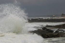 BPBD Banten ingatkan nelayan tak melaut gelombang selatan Kabupaten Lebak tinggi
