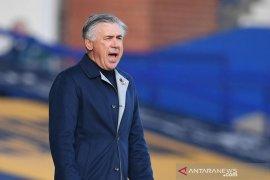 Dikalahkan MU, Carlo Ancelotti tuntut Everton berubah setelah jeda internasional
