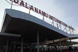 Ratusan PMI dideportasi dari Malaysia tiba di Kualanamu