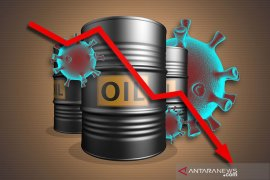 Harga minyak turun ditengah meningkatnya pasokan dari produsen utama