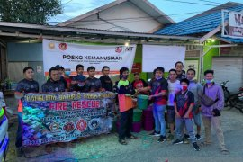 Panglima Batur salurkan 152 paket sembako untuk korban kebakaran Kotabaru